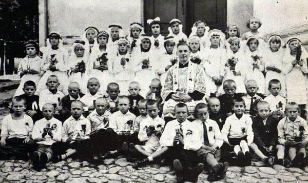 Kalvarija, Pirmoji Komunija