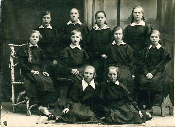 Kalvarijos mokyklos mokinės