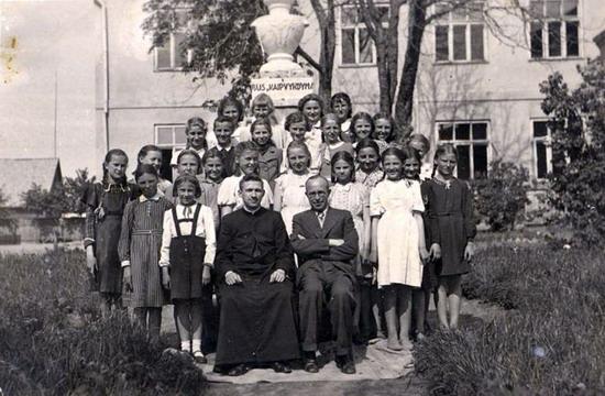 Kalvarija Mokykla 1942 m.