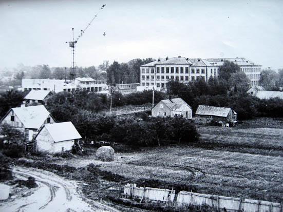 Kalvarijso vidurinės mokyklos priestato statyba