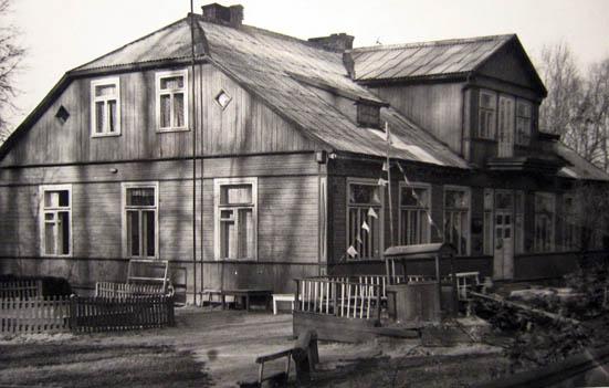Kalvarijos vaikų darželio pastatas 1973