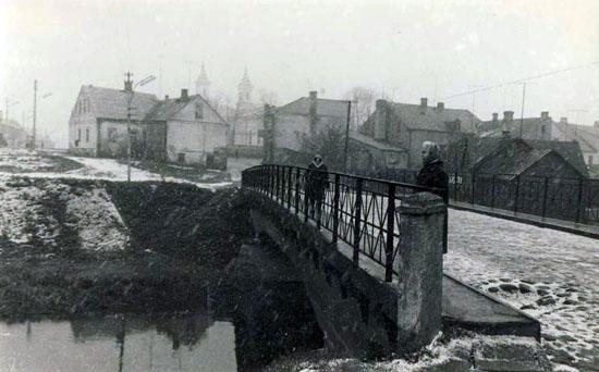 kalvarija 1970-1980 Tiltas per Šešupę.