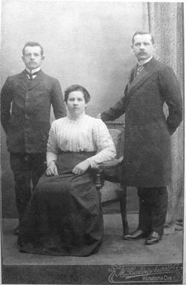 Kazimieras, Antanas ir Emilija Jokantai