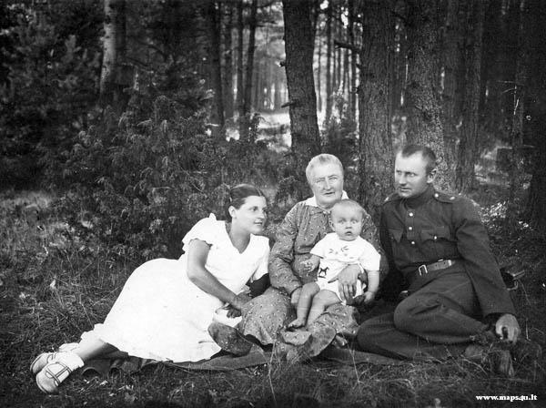 Sergiejus Chomanskis su šeima